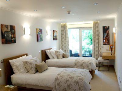 ytterligare ett tvåbäddsrum på Villa Monte Cristo Too, Lagos, Algarve, Portugal