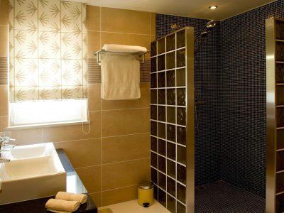 en ensuite chuveiro na Villa Monte Cristo Too, Lagos, Algarve, Portugal