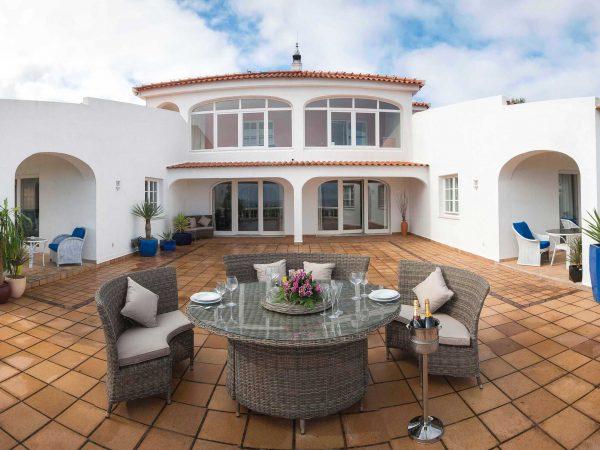 Terrace at Villa Casa Monte Cristo Tres, Algarve Villa holidays, Lagos, Portugal