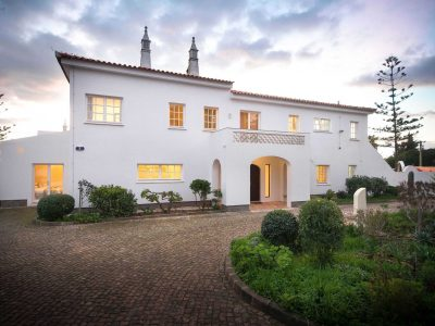Villa Casa Monte Cristo Tres, Lagos, Algarve Portugal - Lyxvilla med pool.