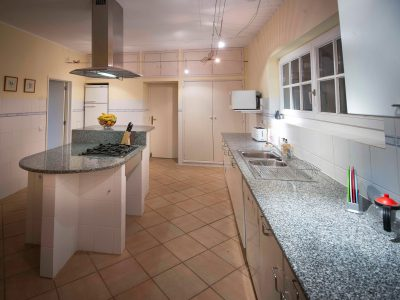 Bela cozinha na Villa Casa Monte Cristo, Lagos, Algarve, Portugal