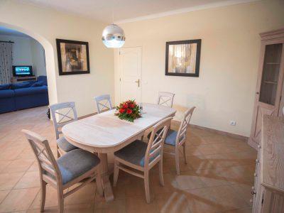 Kök och matsal för stugan på Villa Casa Monte Cristo, Lagos, Portugal, Algarve