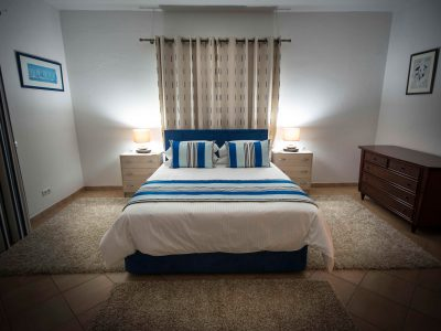 spacious double bedroom - Villa Casa Monte Cristo Tres, Lagos Algarve, Portugal