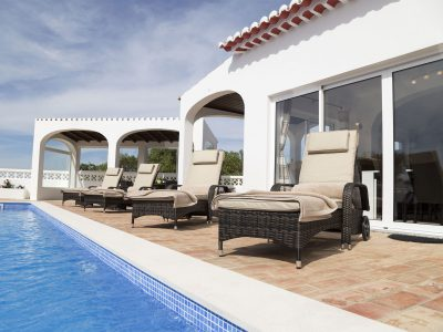 Sun loungers by swimming pool, luxury villa Lagos, Algarve, Villa Monte Cristo IV, Portugal