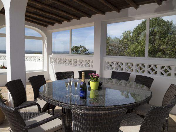 Al fresco dining, luxury villa Lagos, Algarve, Villa Monte Cristo IV, Portugal