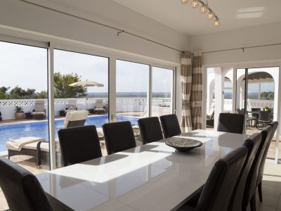 Dining area next to swimming pool, luxury villa Lagos, Algarve, Villa Monte Cristo IV, Portugal