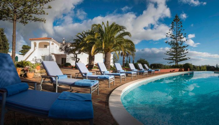 Luxury villa holidays in Algarve Portugal. Get married in the Algarve, Wedding packages and villas in Portugal - Casa Monte Cristo Tres Portugal